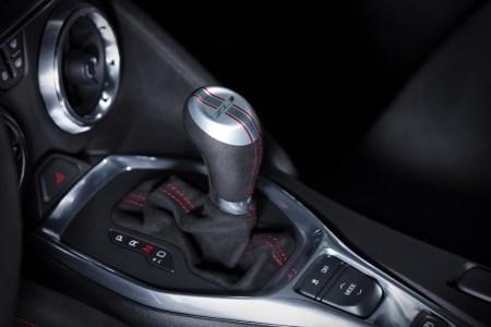 2017-Chevrolet-Camaro-ZL1-9