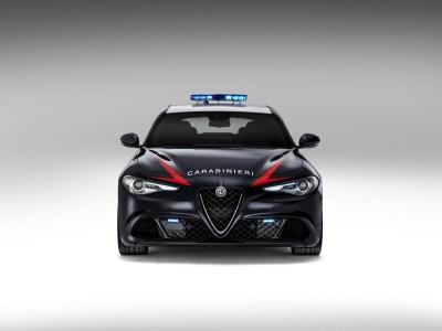 Los Carabinieri ya cuentan en su flota con el Alfa Romeo Giulia QV de 510 CV: ¡No podrás escapar de ellos!