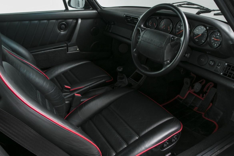 ¿Quieres hacerte con uno de los 76 Porsche 911 (964) Flatnose? Saca la billetera... 4