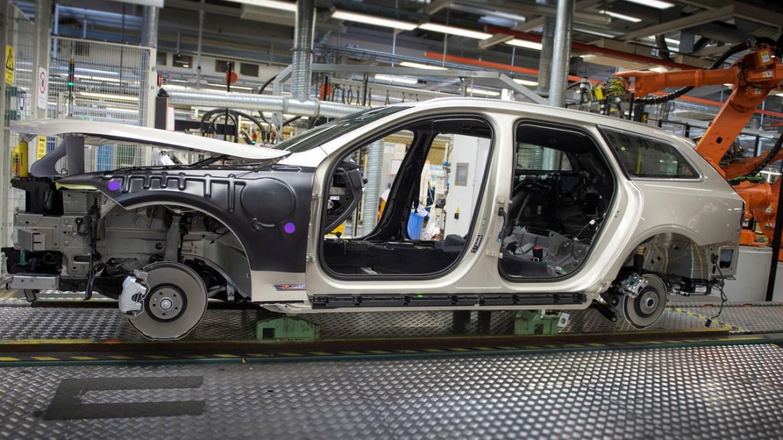 El primer Volvo V90 sale de fábrica 3