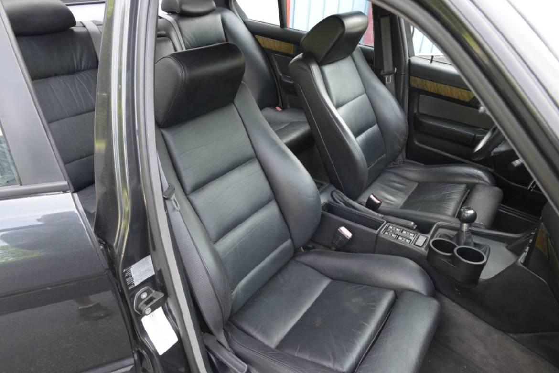 ¿Un BMW M5 E34 con el motor V12 de un BMW 850 CSi? Hoy te acercamos uno 4