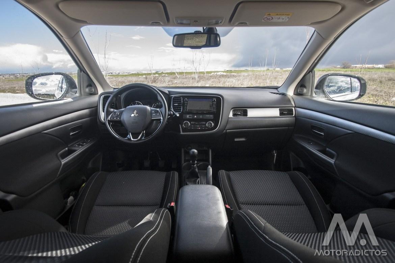 Prueba: Mitsubishi Outlander 220 DI-D 150 CV 2WD (diseño, habitáculo, mecánica) 22