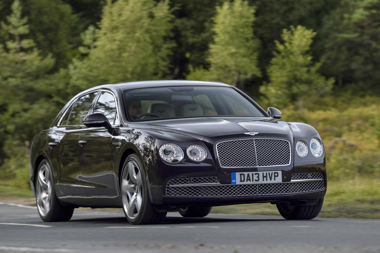 El nuevo Bentley Flying Spur llegará a finales de 2017, estará basado en el Panamera 2