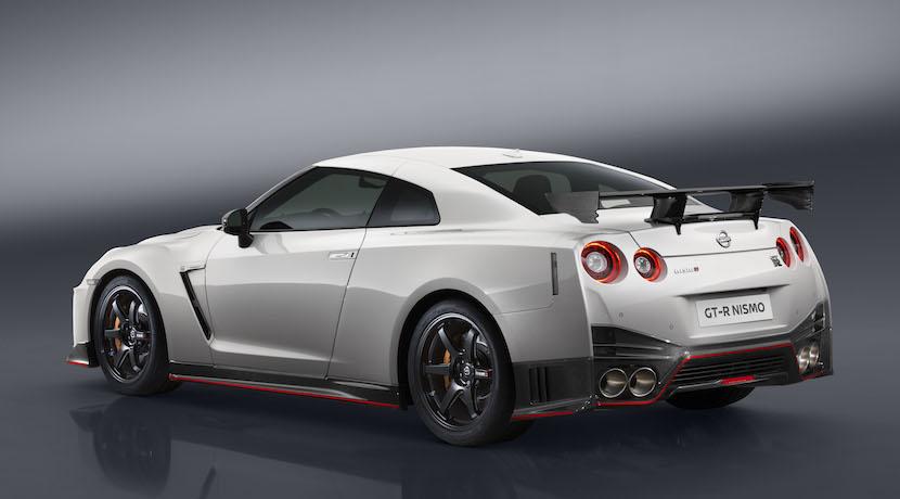 Sumar NISMO y Nissan GT-R tenía un precio: 185.000 euros 2