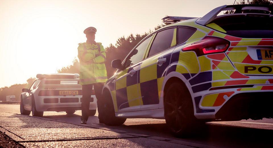 Policía de Reino Unido: Hace 30 años con un Ford RS200, hoy con un Focus RS 2
