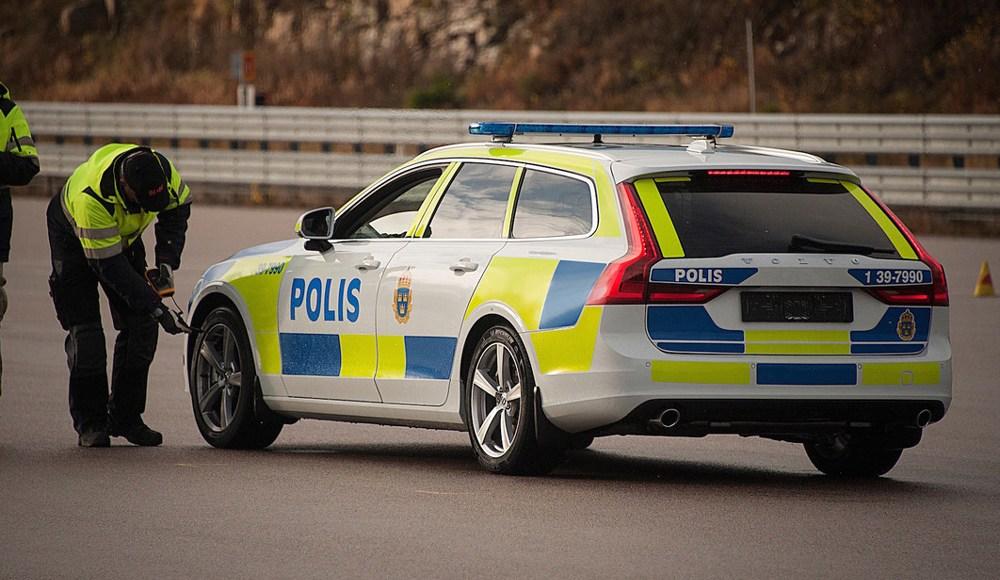 volvo-v90-policia-2