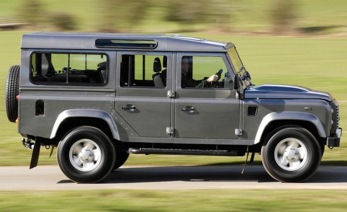 El nuevo Land Rover Defender llegará en solo seis meses, ¡incluirá un modelo eléctrico!