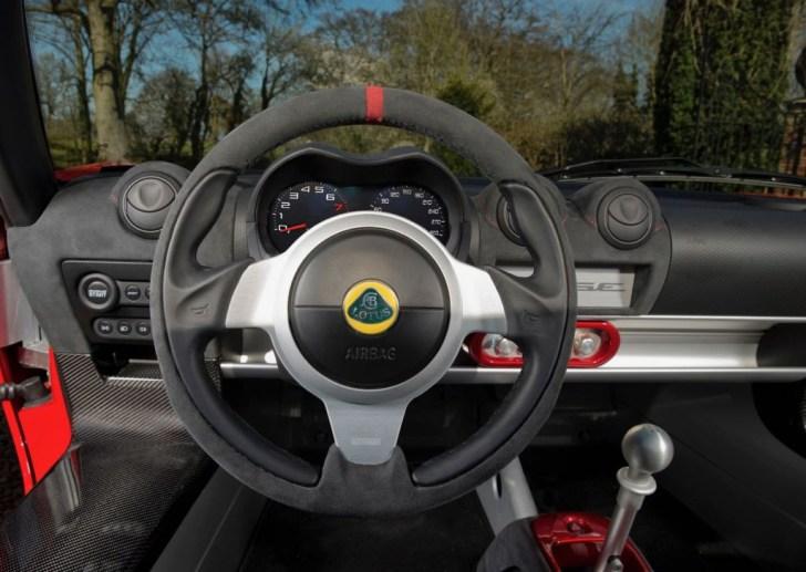 Lotus Elise 2017: ¡Más ligero que nunca, por debajo de los 800 kg en la variante Sprint!