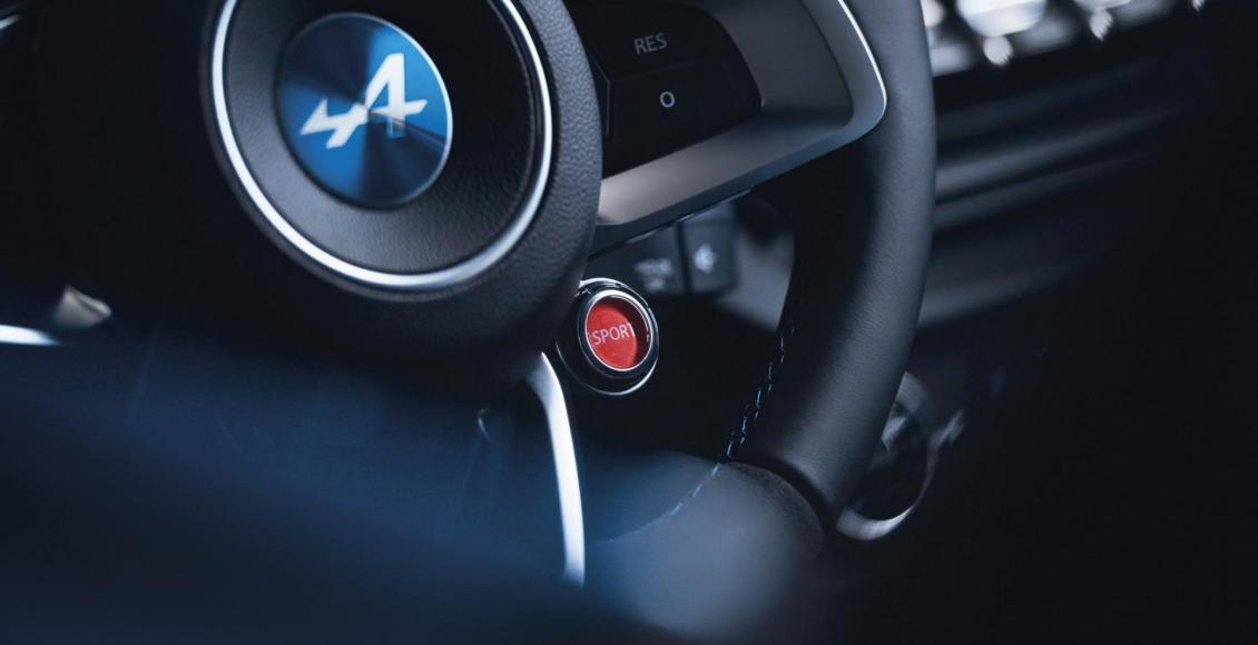 video-asi-suena-el-motor-1-8-de-252-cv-del-alpine-a110-en-col-de-turini-32