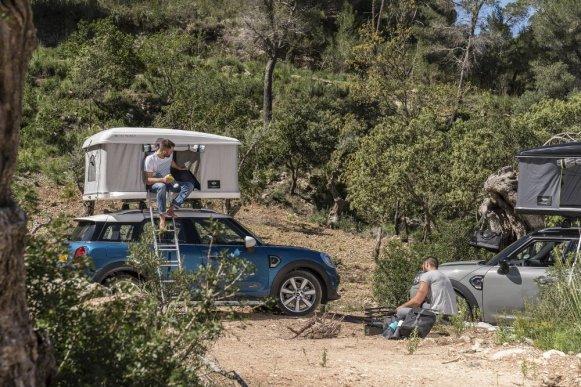 Acampar en la montaña con tu MINI Countryman nunca había estado tan fácil