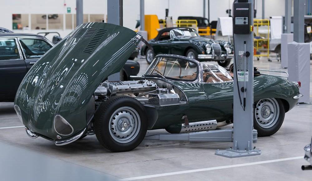 espectacular-asi-es-el-nuevo-talleres-de-clasicos-de-jaguar-land-rover-bautizado-como-classic-works-01