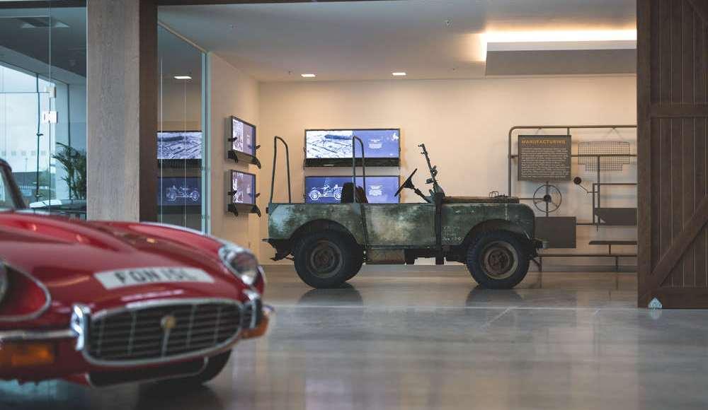 espectacular-asi-es-el-nuevo-talleres-de-clasicos-de-jaguar-land-rover-bautizado-como-classic-works-16