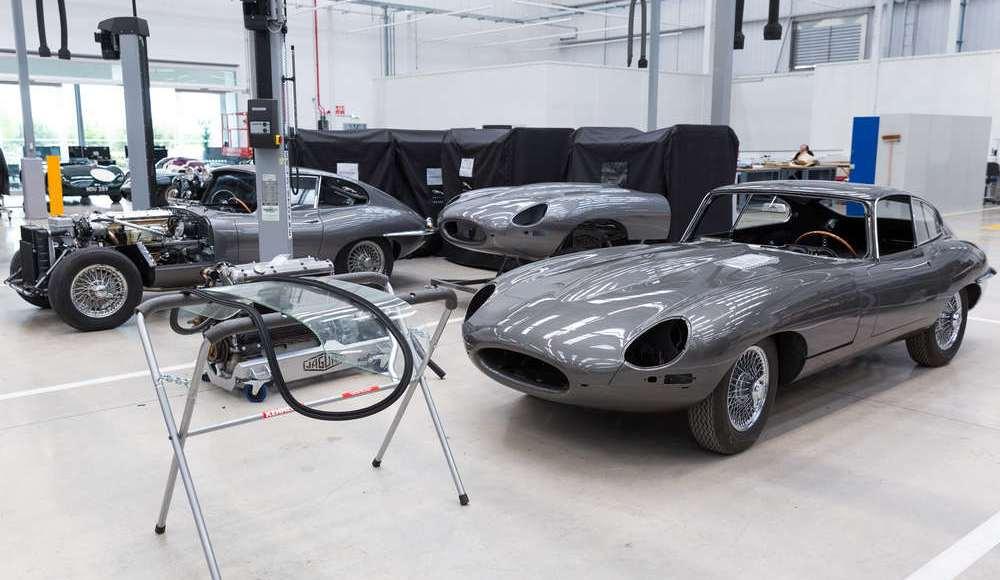 espectacular-asi-es-el-nuevo-talleres-de-clasicos-de-jaguar-land-rover-bautizado-como-classic-works-35
