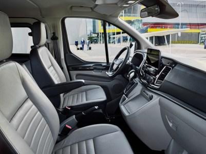 Ford Tourneo Custom 2018: Otra opción más dentro del transporte de pasajeros