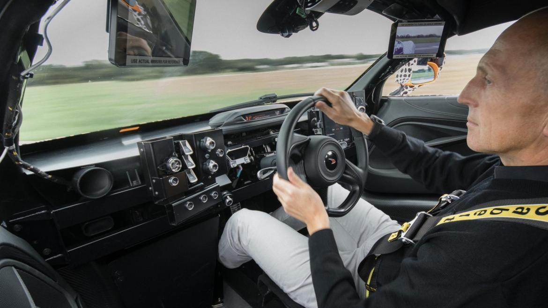 El McLaren Speedtail superará los 1.000 caballos de potencia... y hay más