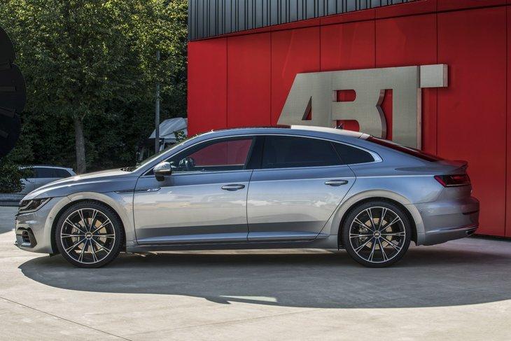 El Volkswagen Arteon pasa por el rodillo de ABT: El secreto está en los pequeños cambios