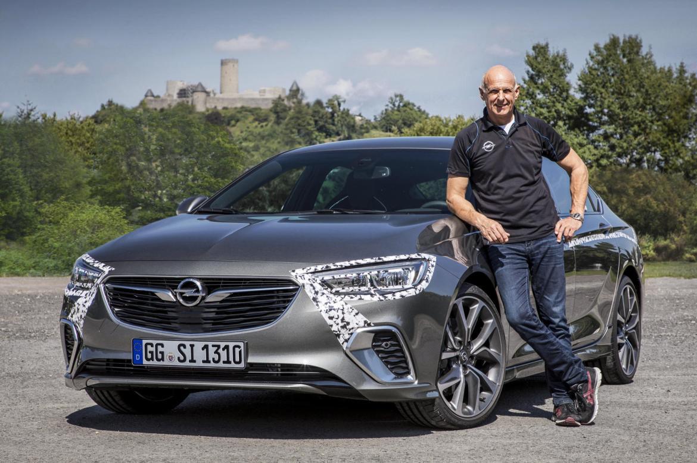 La magia de la evolución: El Opel Insignia GSI de es 12 segundos más rápido que el anterior Insignia OPC... ¡con 65 CV menos!