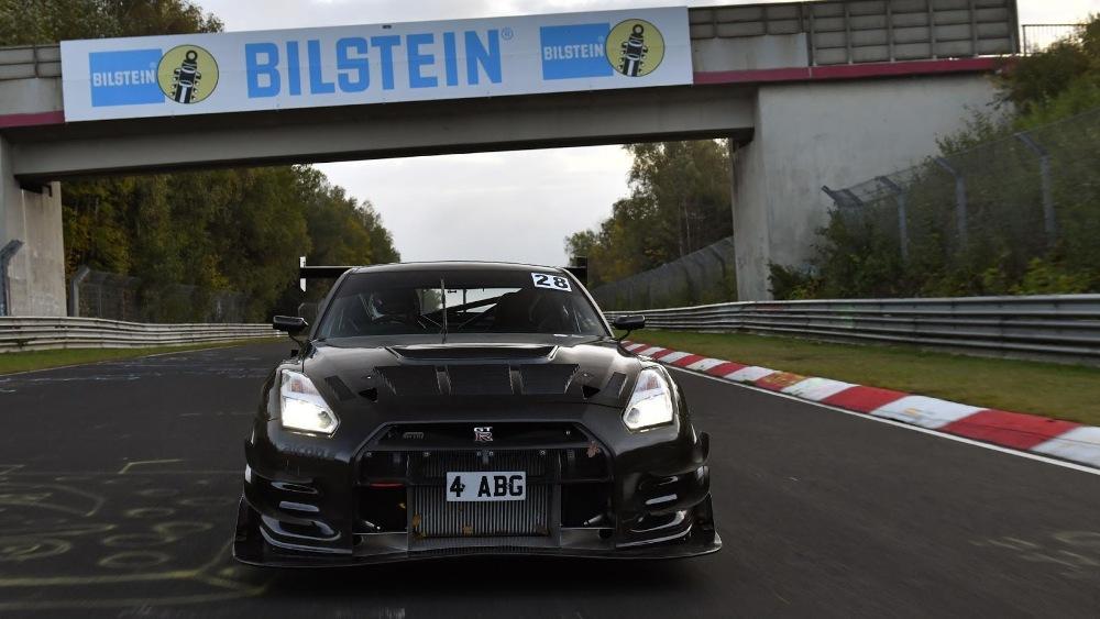 un-nissan-gt-r-de-1-115-cv-quiere-posicionarse-como-el-nuevo-rey-de-nurburgring-objetivo-destronar-al-porsche-911-gt2-rs-10