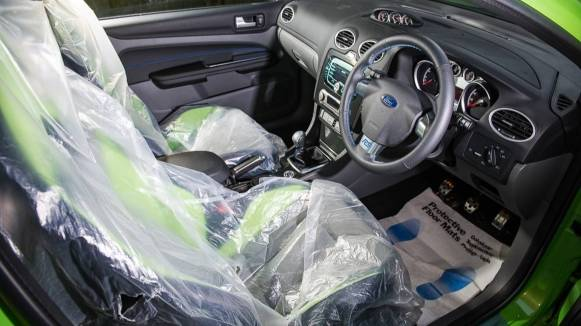 ¿Pagarías casi 50.000 euros por un Ford Focus RS de 2011 con 29 kilómetros?