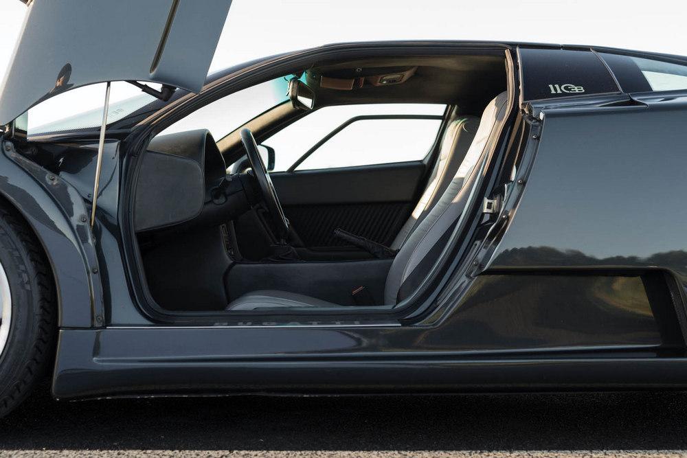 Otro Bugatti EB110 GT de 1993 sale a subasta: Tan sólo cuenta con 4.545 kilómetros
