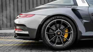 El Porsche 911 GT3 RS Targa no existe, pero McChip DKR lo hace posible