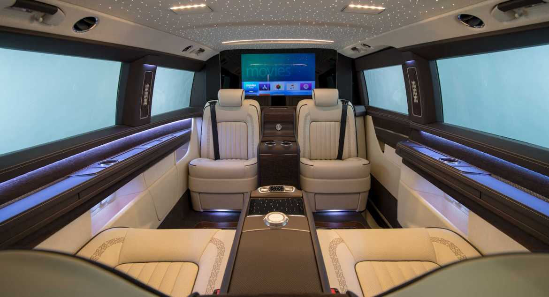 Viajar en primera clase es posible con la Mercedes Clase V de OKCU Individual Automotive