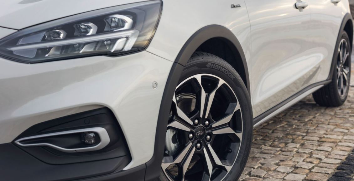 ford-focus-2018-asi-es-la-cuarta-generacion-cargada-de-tecnologia-06