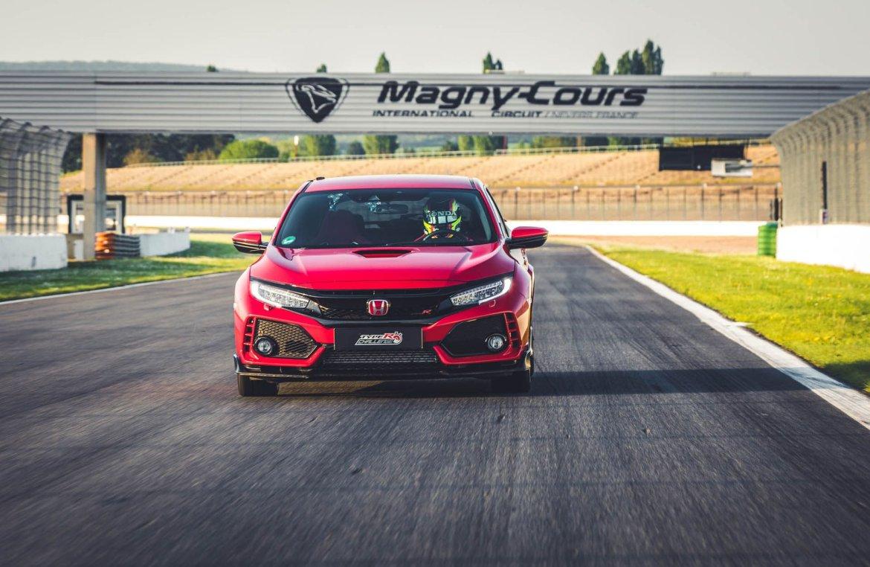 El Honda Civic Type R vuelve a batir un récord de tracción delantera en circuito