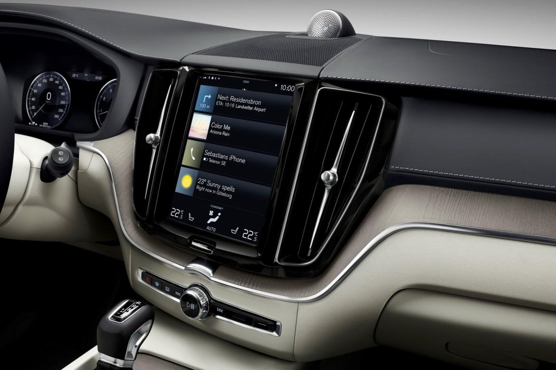 Google Maps pasará a ser el navegador de serie en los Volvo