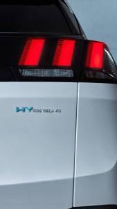 Dos nuevos motores híbridos enchufables para el Peugeot 3008 y 508