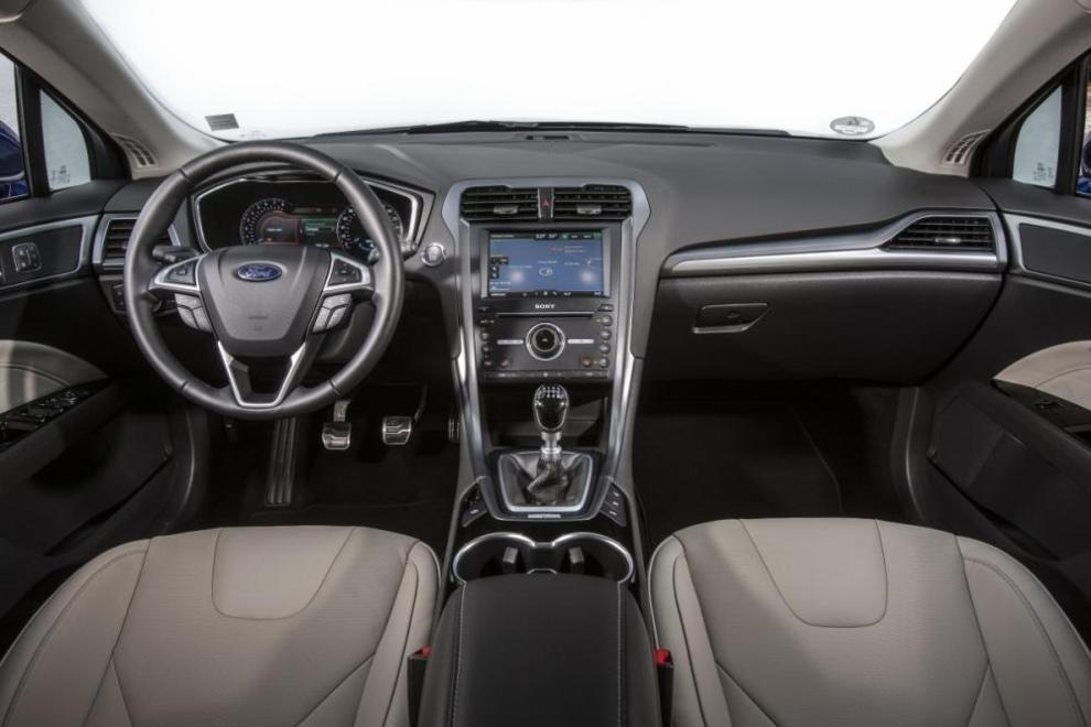 Ford seguirá fabricando el Mondeo en Almussafes: No será pasto de la reestructuración