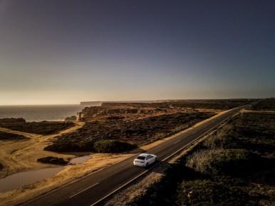BMW 330e 2019: Hasta 60 kilómetros de autonomía en modo eléctrico