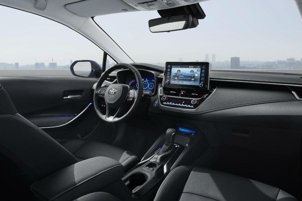 Toyota Corolla Hybrid Sedan 2019 - información coche