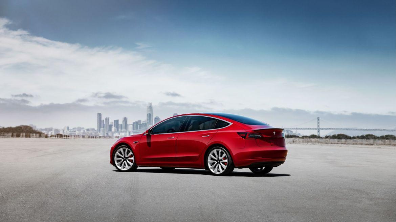 El Tesla Model 3 aterriza en España: Ojo a su precio, porque parte de los 59.100 euros