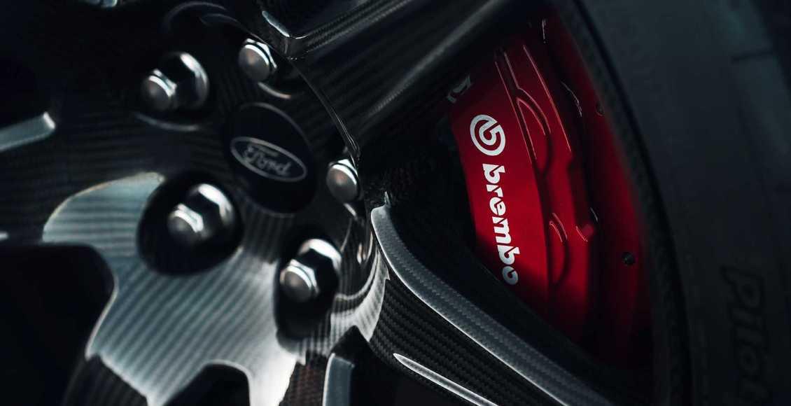 750-cv-fibra-de-carbono-y-un-aspecto-brutal-para-el-ford-mustang-gt500-2020-71