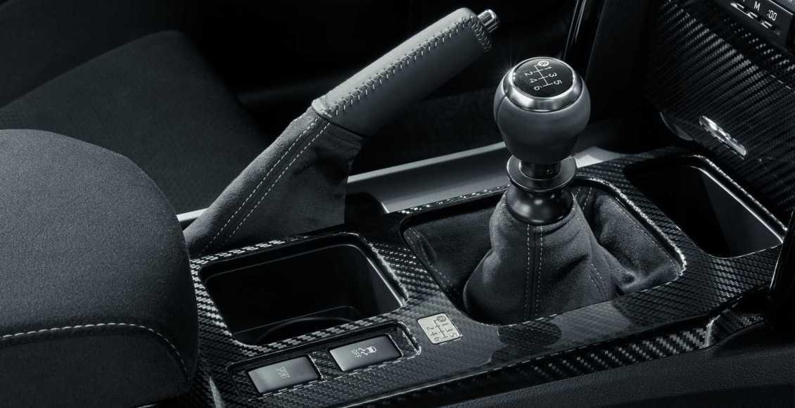 toyota-mark-x-grmn-propulsion-trasera-v6-de-318-cv-y-manual-01