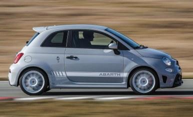 El Abarth 595 esseesse vuelve como el 595 más potente de la gama: 180 CV de potencia