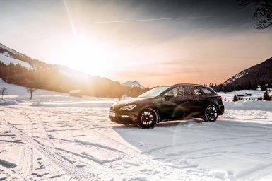 El SEAT León ST Cupra recibe 70 CV adicionales de la mano de ABT