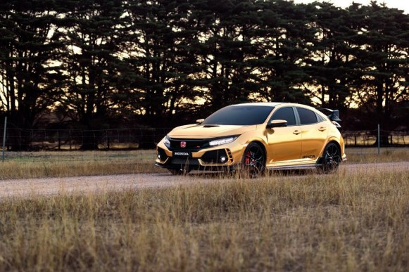 ¿Qué te parecen los Honda NSX y Type R vinilados de dorado por el 50 aniversario de Honda en Australia?