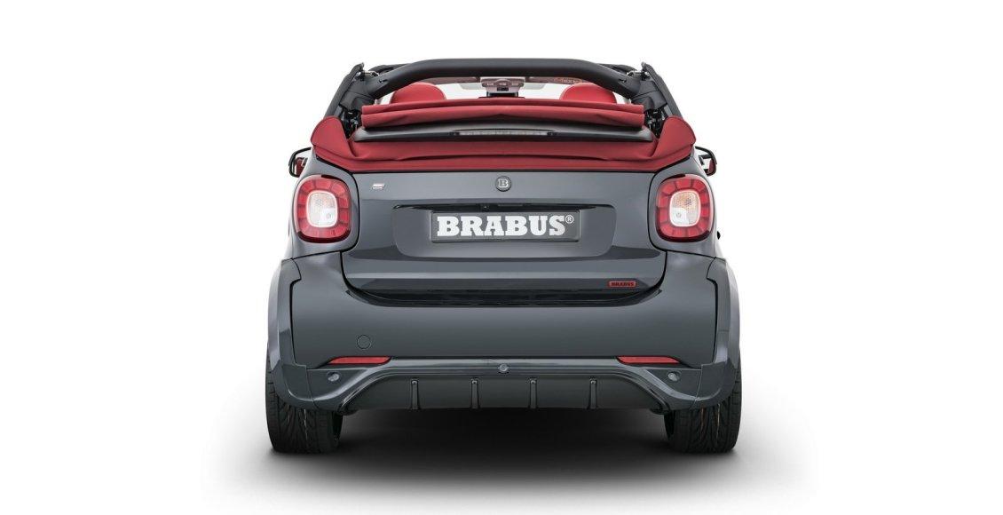 brabus-ultimate-e-shadow-edition-o-como-enterrar-64-900-euros-en-un-smart-electrico-19