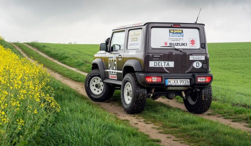 Suzuki-Jimny-Delta-4×4-12