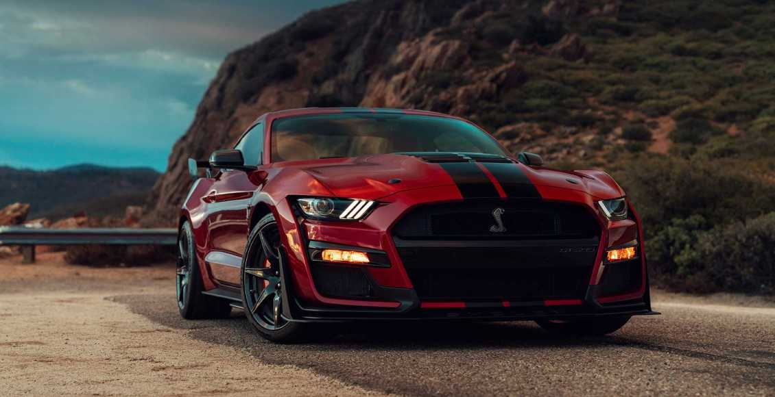 Ford-Mustang-Shelby-GT500-2019-13