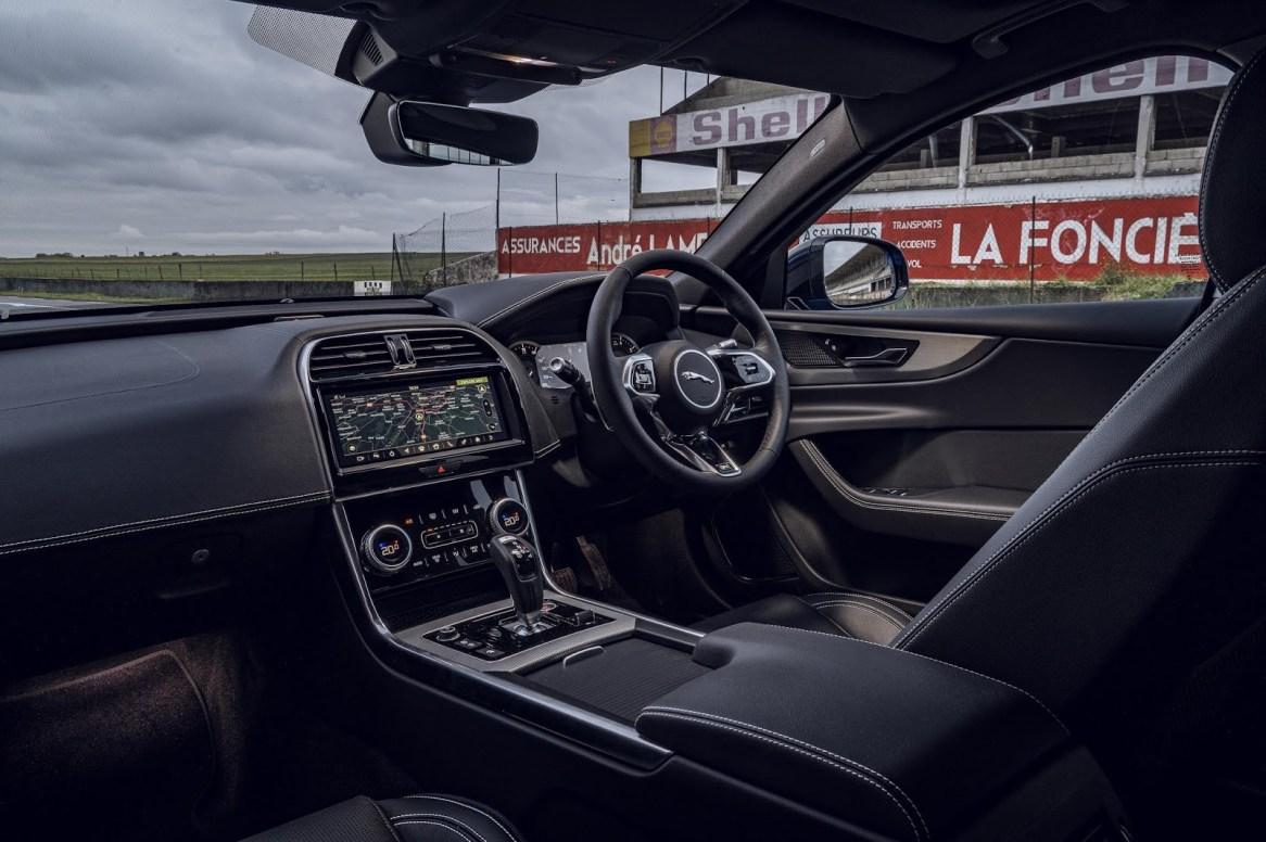 Jaguar XE Reims Edition: 200 unidades como homenaje a los deportivos de la marca