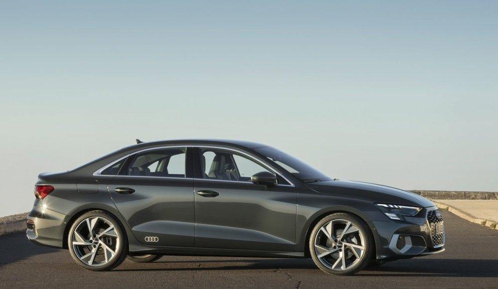 Audi-A3-Sedán-2020-10