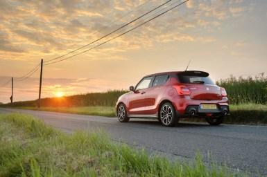 El Suzuki Swift Sport llega con hibridación ligera y etiqueta ECO