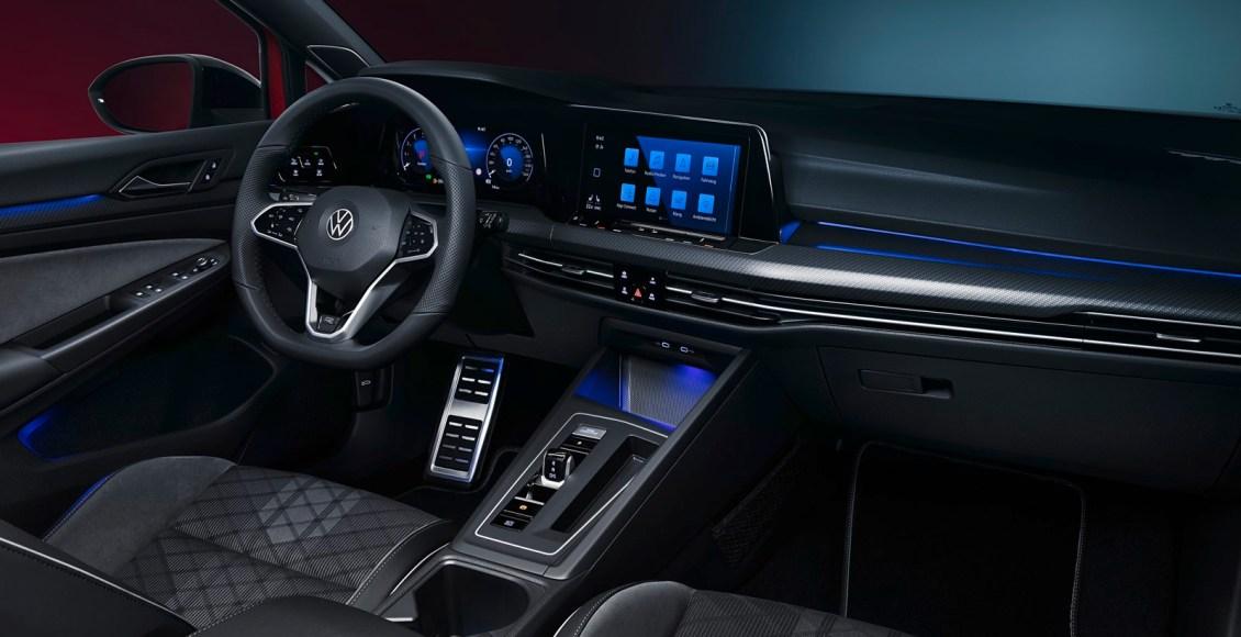 Volkswagen-Golf-Variant-17