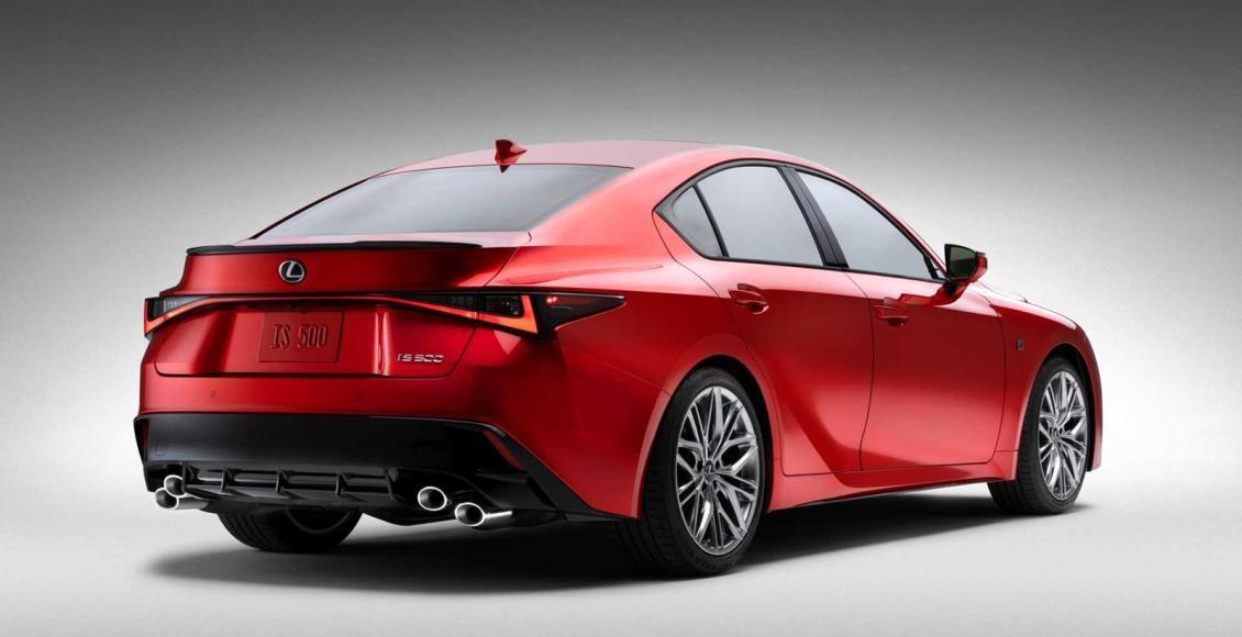 Lexus-IS-500-F-SPORT-Performance-4