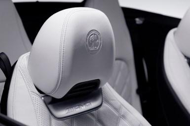 Así es el interior del Mercedes-AMG SL 2022: Pantallas por doquier