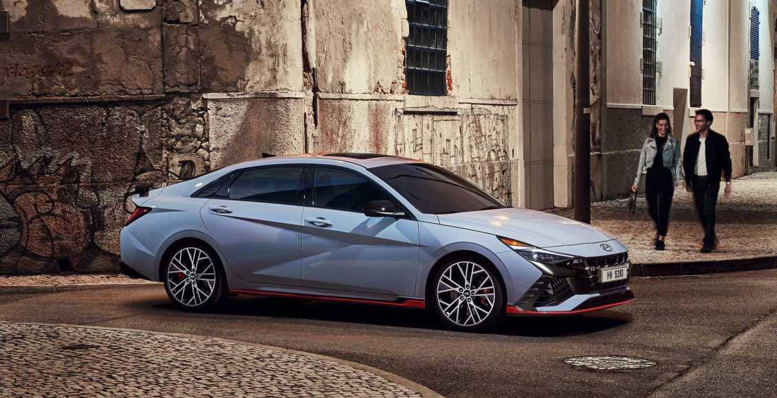 Hyundai-Elantra-N-2021-1