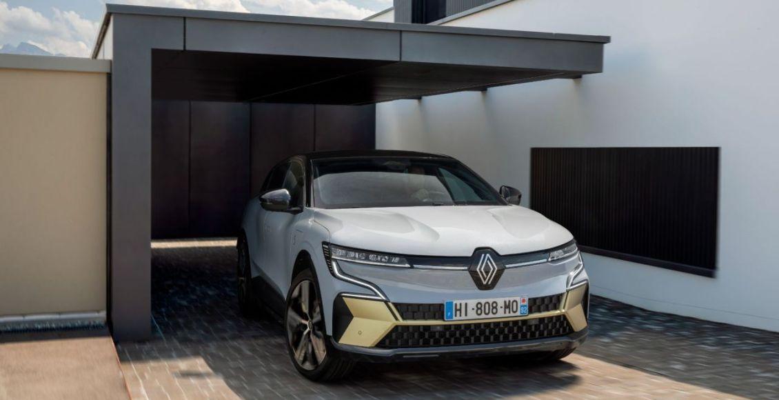 Renault-Megane-E-TECH-Electric-2022-23